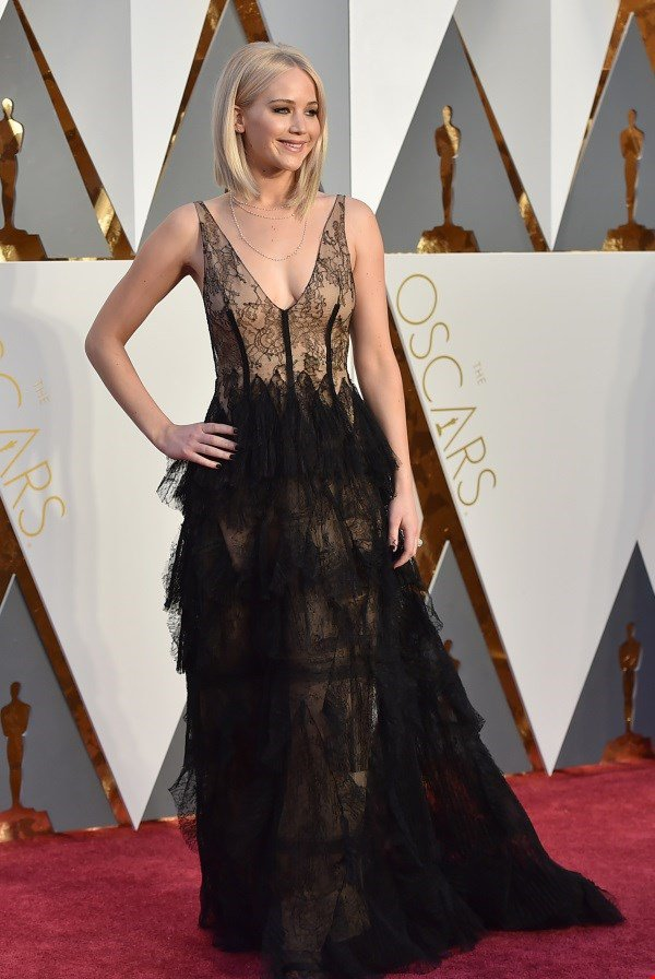 Jennifer Lawrence: Laces and feathers are love!